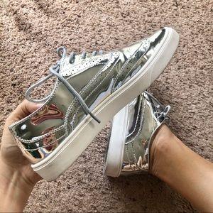 Cape Robbin shiny silver oxfords, Romy size 10